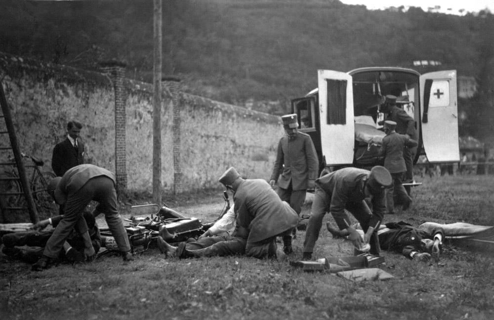 1920 - La Croce Verde Luganese al Concorso Internazionale di Como