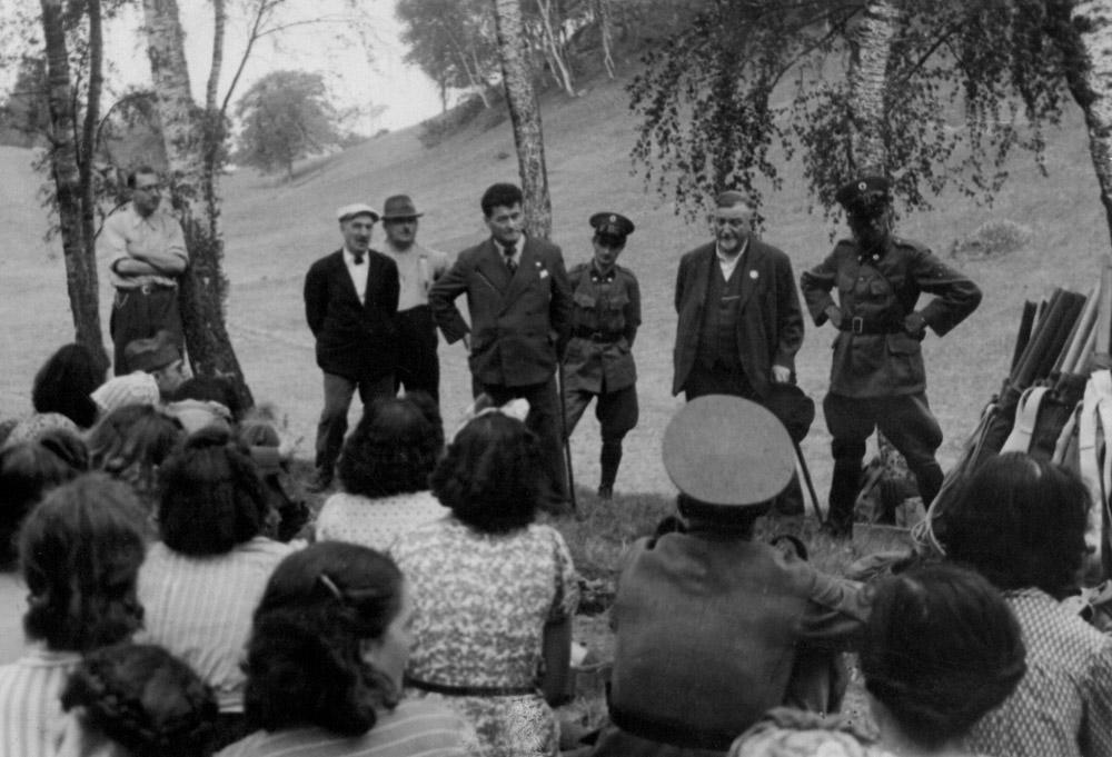 1940 - Esercitazione a Madonna d'Arla. Concessione Sergio Tamborini