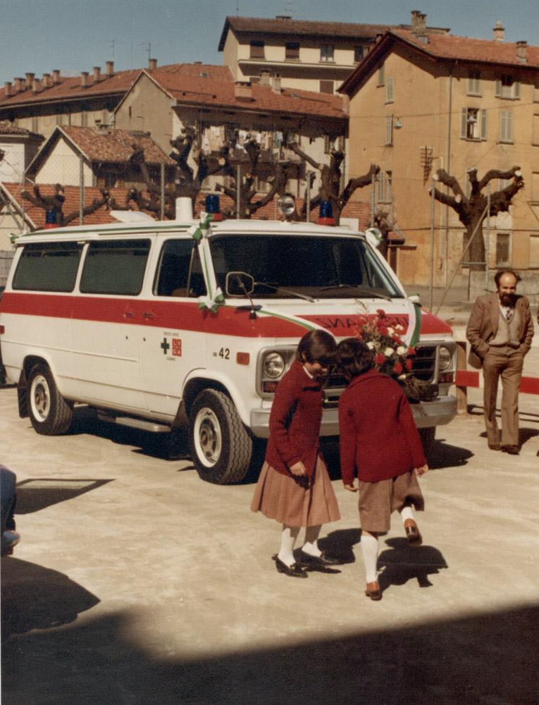 1980 - Presentazione di un veicolo in Piazza della Riforma a Lugano