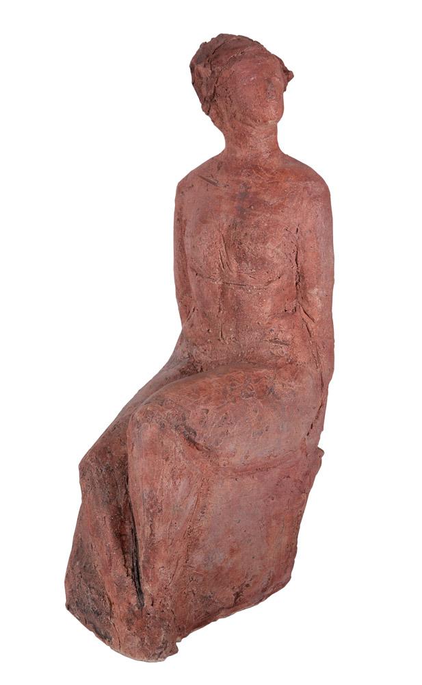 Rosita Peverelli - Figura femminile, 2006. Scultura in terracotta, 43 x 14 x 18 cm. CHF 1'500.--