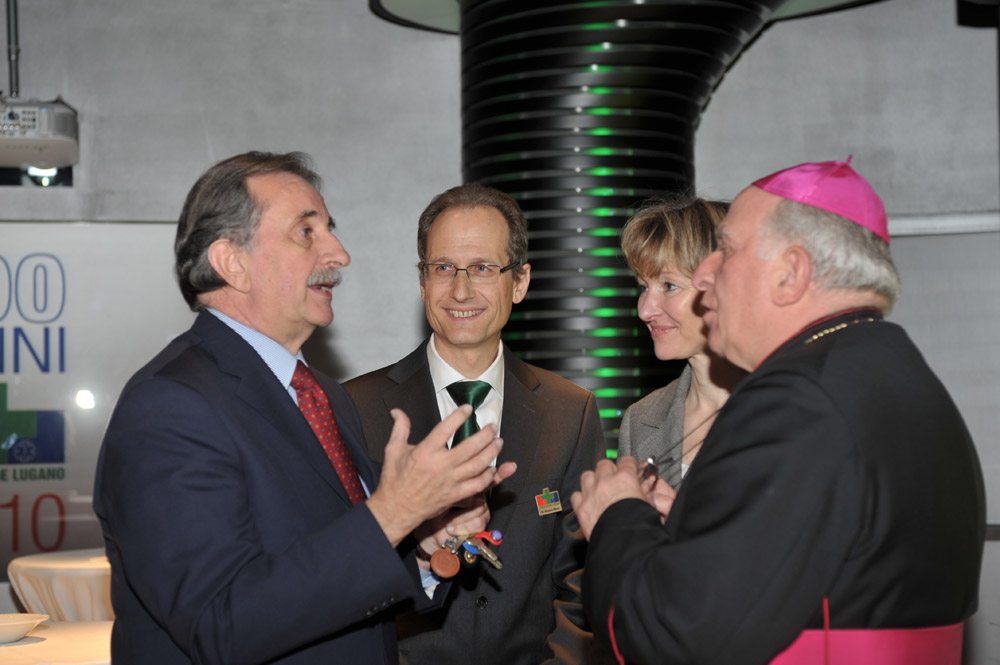 3 marzo 2010 - Il Sindaco Giudici, il Presidente Mauri, l'Onorevole Pesenti e il Vescovo Grampa